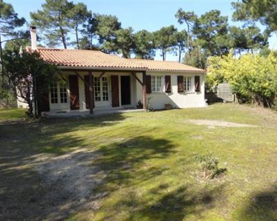LOCATION VACANCES LA PALMYRE Villa 5 Piè...
