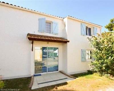 LOCATION VACANCES - Villa 5 pièces - LA ...